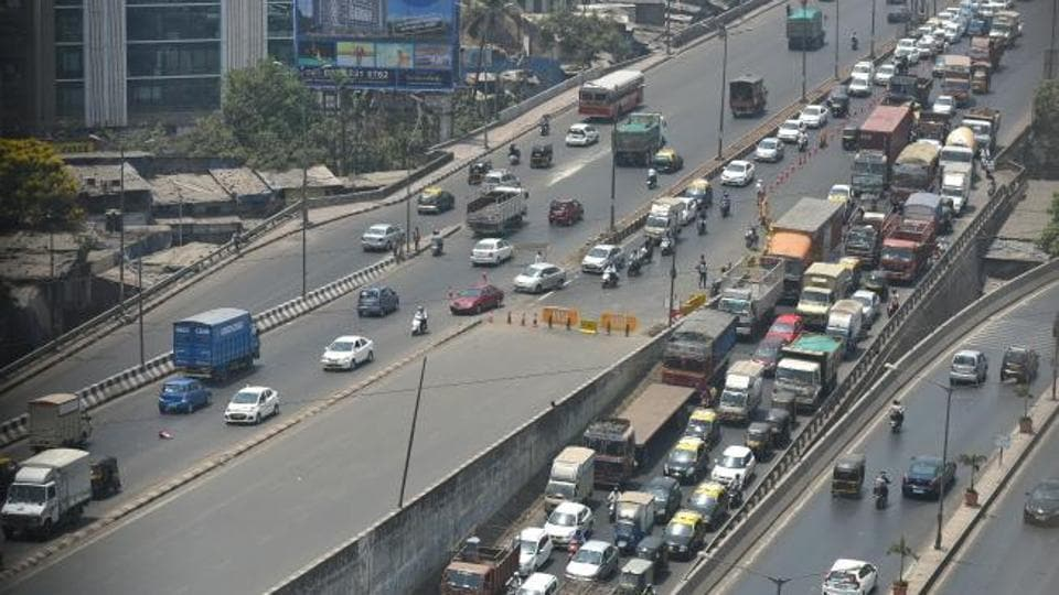 This was the second hit-and-run case reported on the eastern express highway on Monday.