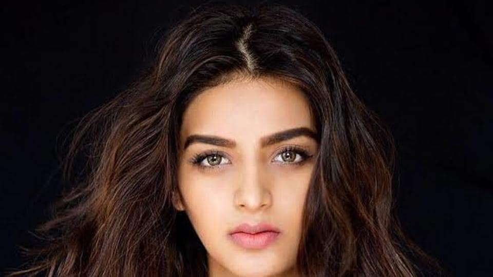 Niddhi Agerwal is making her Bollywood debut opposite Tiger Shroff in Munna Michael.
