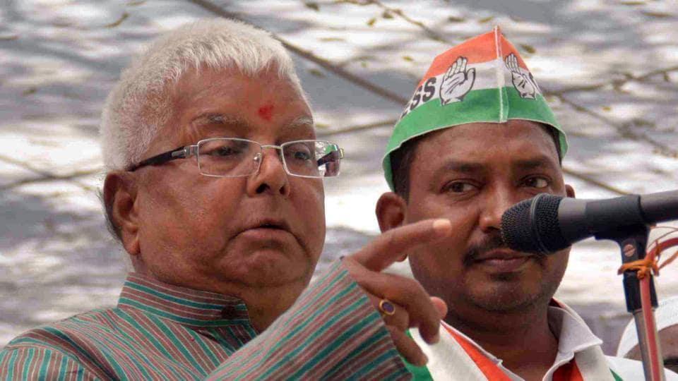 RJD leader Lalu Prasad Yadav addresses a crowd in Varanasi.