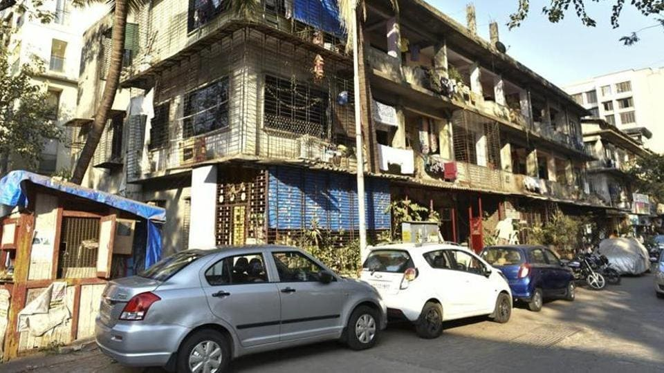 Though 1.5 lakh people live in Mumbai, just 125 applications for a parking spot are submitted every month, said officials.
