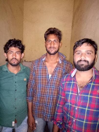 Greater Noida,carjackers,Gaur City