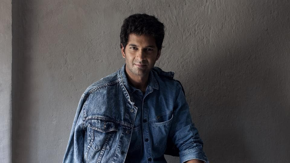 Actor Purab Kohli says he wants to break away from urban guy image and do versatile roles