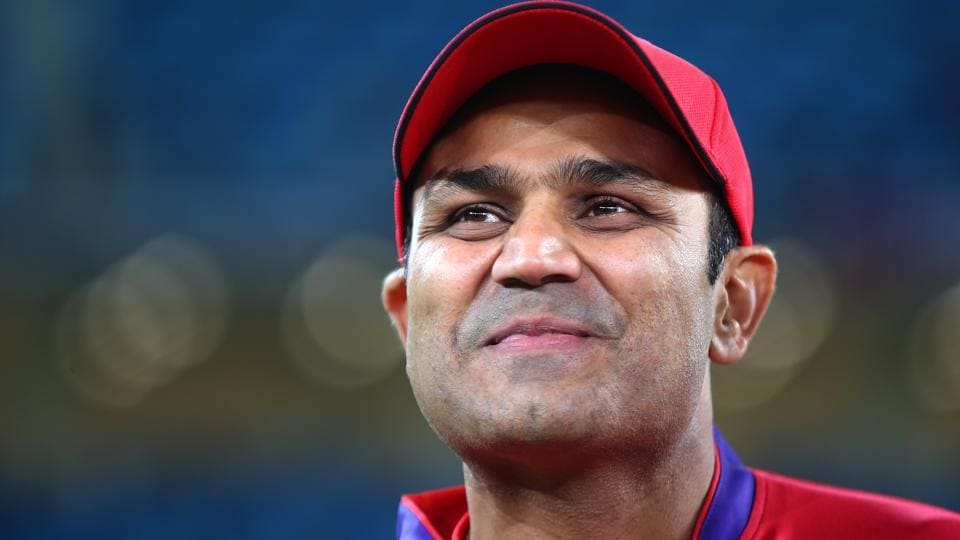 Virender Sehwag once again shows his knack to rule Twitter.
