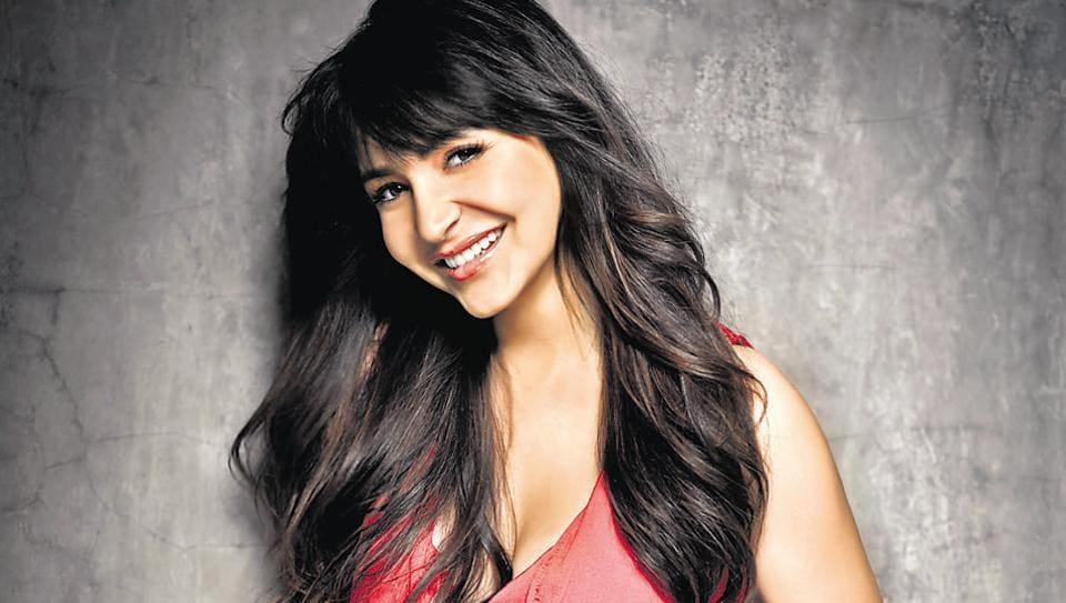 Anushka Sharma will soon be seen with Shah Rukh Khan in Imtiaz Ali's film.
