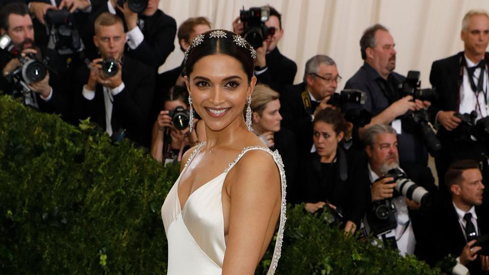 Actor Deepika Padukone will walks the red carpet at 70th Cannes Film Festival tonight.