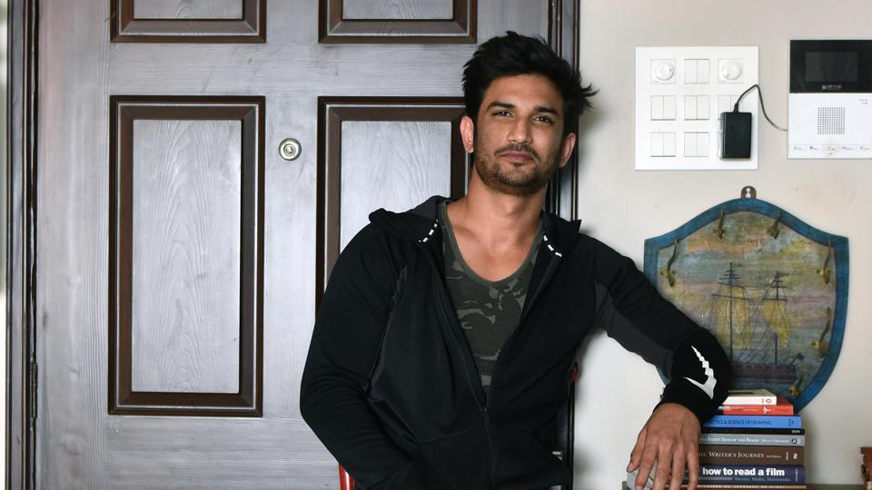 Sushant Singh Rajput was happy to meet his fans and took time out to interact with them.