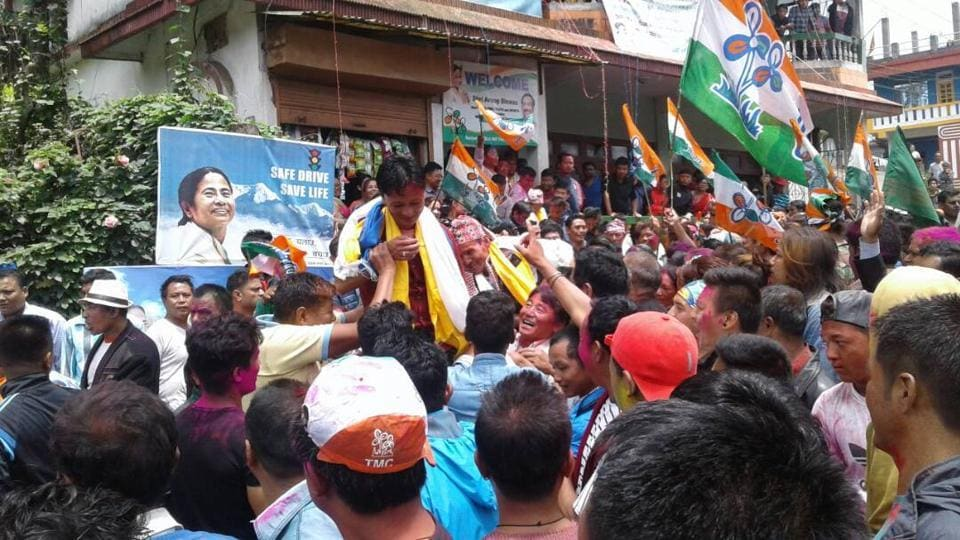 The state's ruling party won six of the nine wards in Mirik.