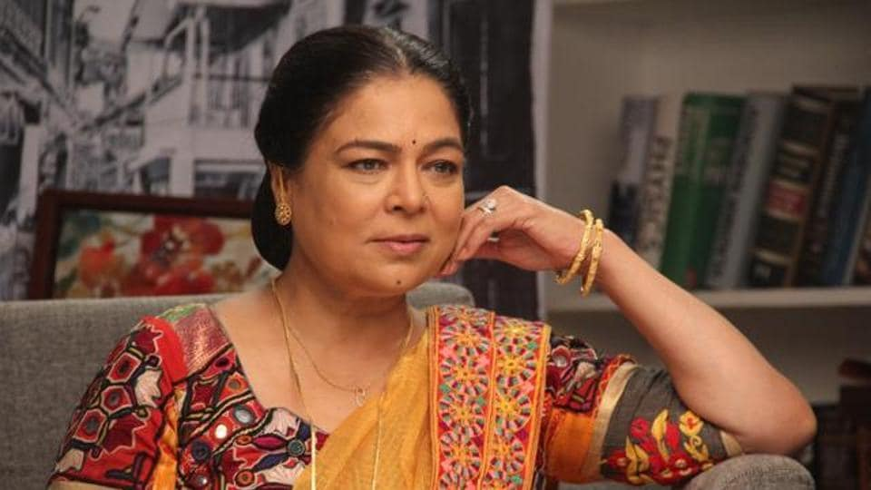 Reema Lagoo,Juhi Chawla,Bollywood movies