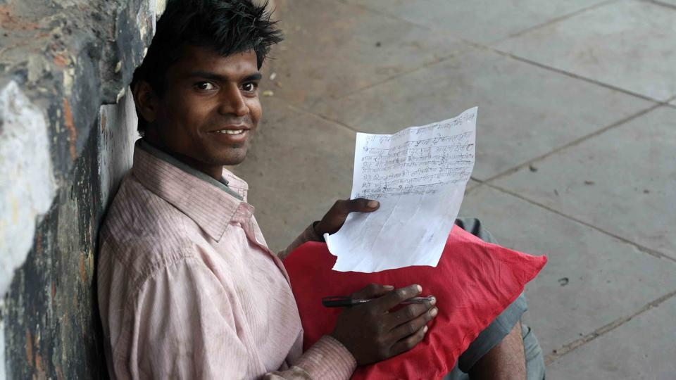 Delhi news,Delhi wale,Roadside writer