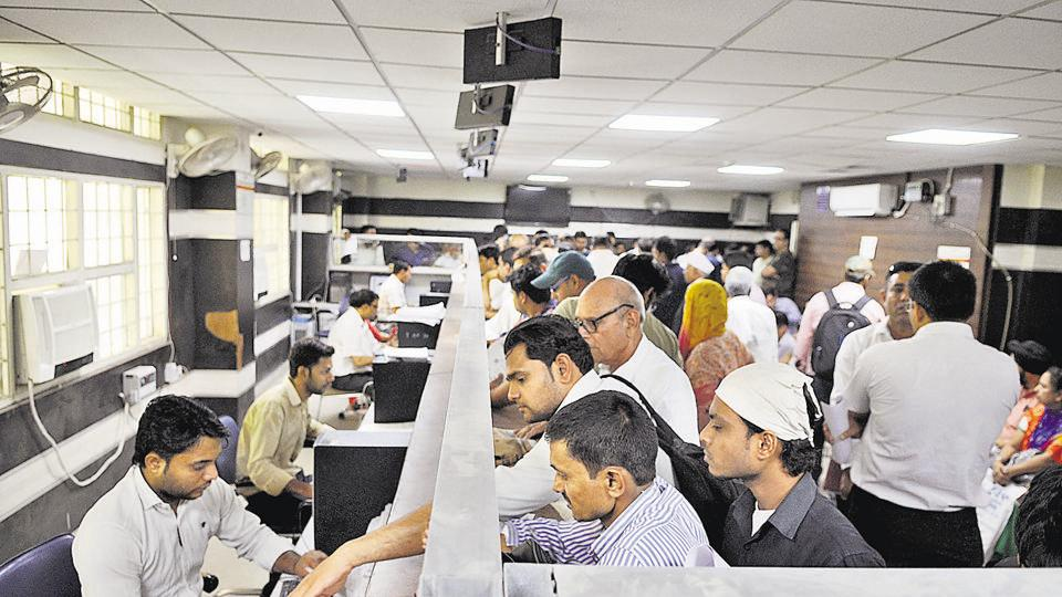 Despite the huge crowd at the land deed registration office when it opened on Thursday, officials said only 100 registrations would be executed, on a first-come-first-serve basis.