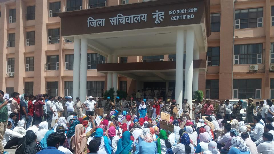The paramedical staff of Mewat's Shaheed Hasan Medical College and Hospital have been on strike for two days.