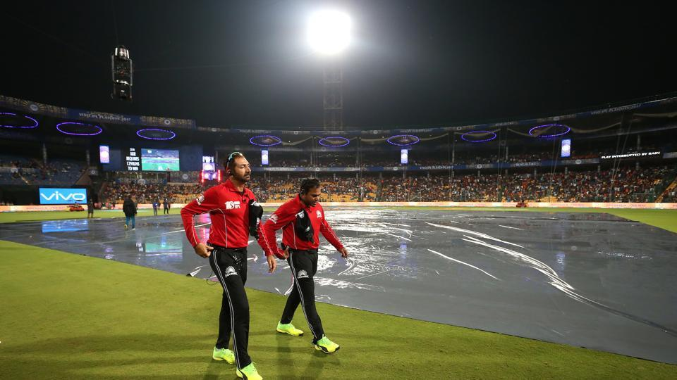 After the rains stopped, umpires called for a 12.55 am resumption of play. (BCCI)