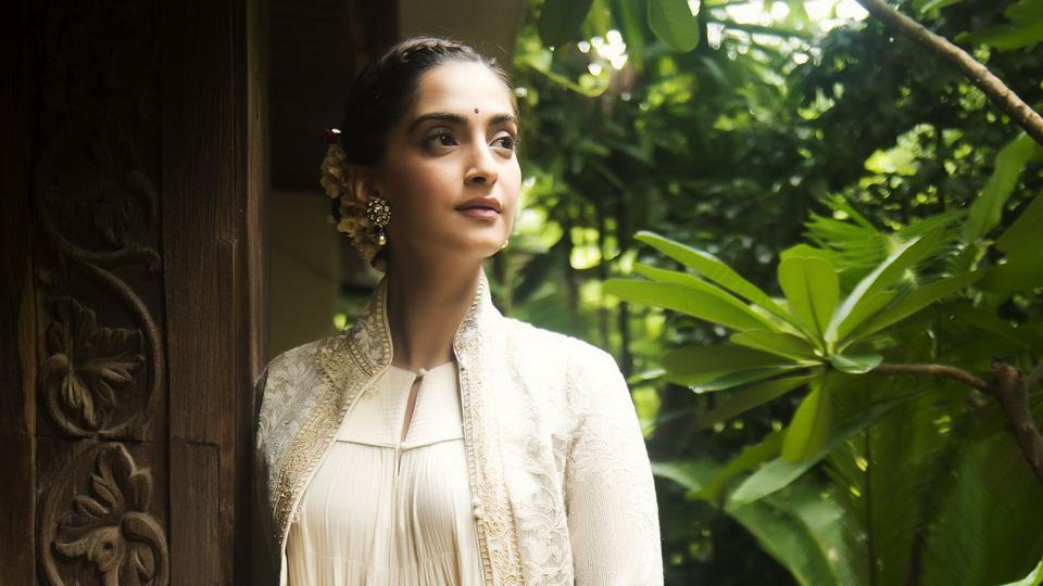 Sonam Kapoor says that her Cannes visit will be a rushed affair.