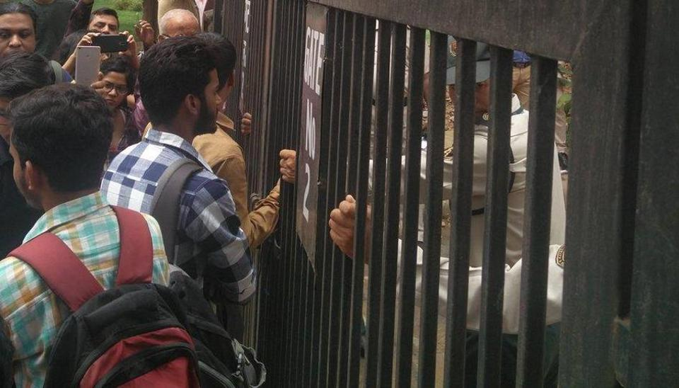 Some students claimed they were not being allowed inside the IIMC campus.