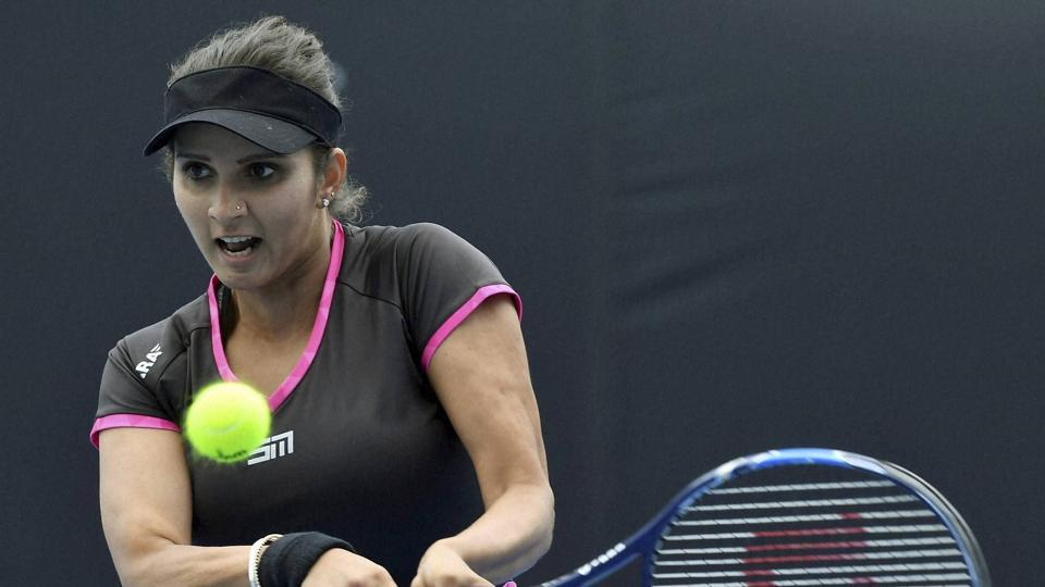 India's Sania Mirza, partnering Yaroslava Shvedova, has entered the women's doubles semifinals at the Italian Open in Rome.