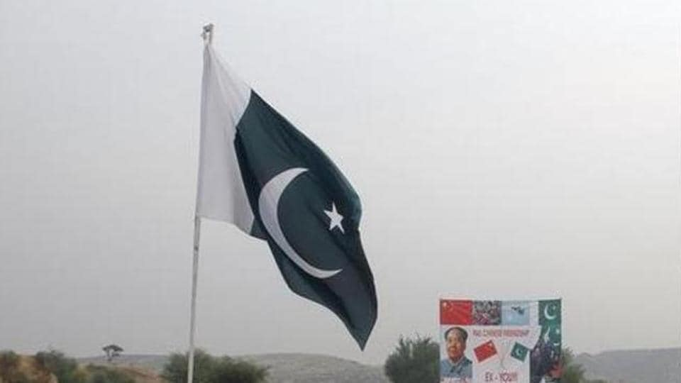 A suspected agent of Pakistan's ISI and two other Pakistani men have been detained in Rajasthan's Jaisalmer.