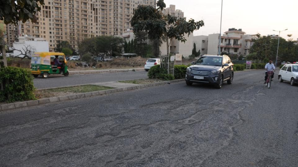 More than 3,000 families are living in South City-2, which is located along Sohna Road.)