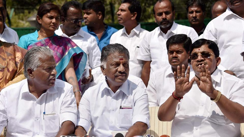 AIADMK leader O Panneerselvam (centre) hinted at an alliance with BJP after meeting Prime Minister Narendra Modi in New Delhi on Saturday. But he soon rectified the message. In the picture are AIADMK Rajya Sabha MP V Maitreyan (right) and senior party leader E Madhusudhanan at a press conference in New Delhi earlier.