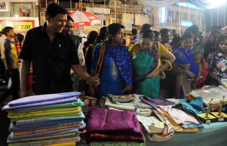 Shoppers at a night market organised by the state khadi board in Jharkhand's Ranchi. Jharkhand is one of the seven states where government employees wear khadi to work at least once a week.