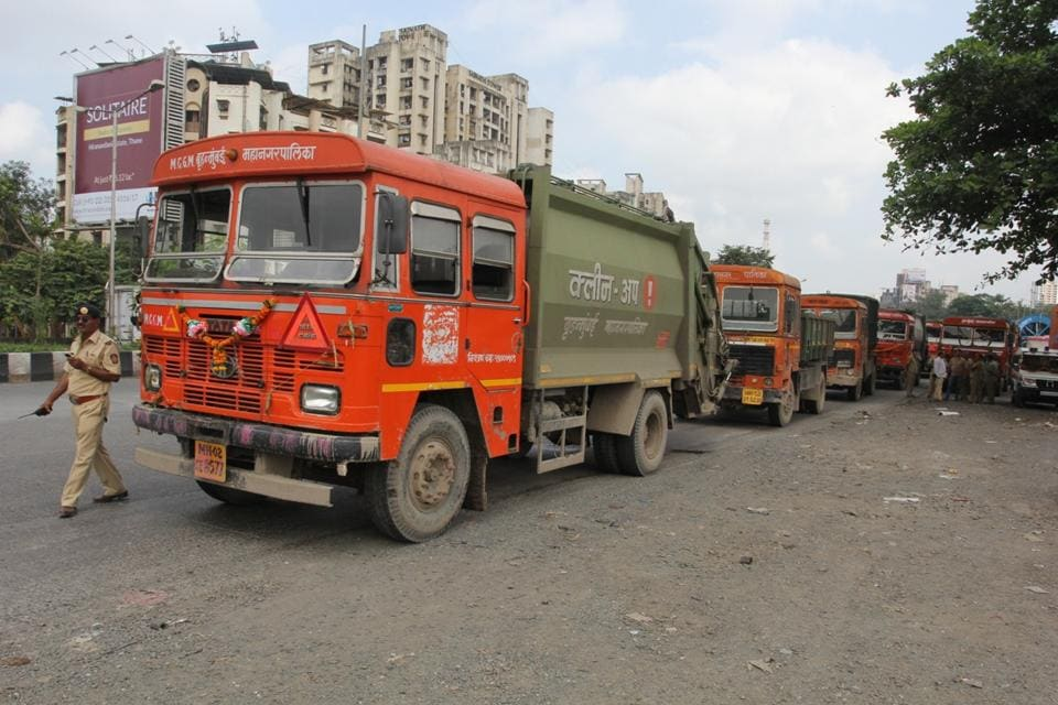 Mumbai, India - October 12, 2016: MNS Party workers protest against dumping ground at Mulund and stop BMC garbage Vehicles, India, on Wednesday, October 12, 2016. (Photo by Praful Gangurde/Hindustan Times)