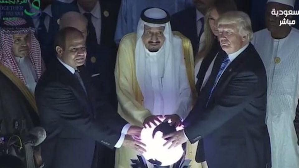 USPresident Donald Trump, Saudi Arabia's King Salman (centre), and Egyptian President Abdel Fattah al-Sissi (left) launch the Global Centre for Combating Extremist Ideology in Riyadh.