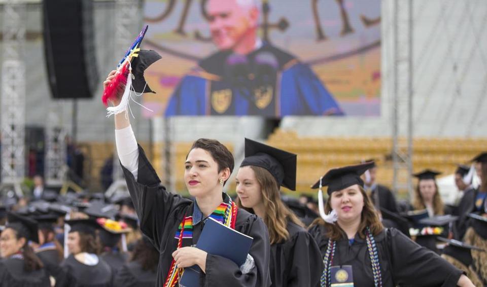 notre dame,mike pence,university graduate walkout