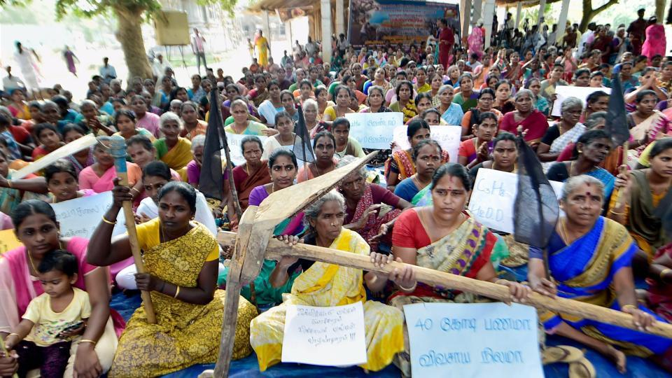 Villagers protest against the hydrocarbon project at Neduvasal in Tamil Nadu's Pudukkottai district  earlier this year.