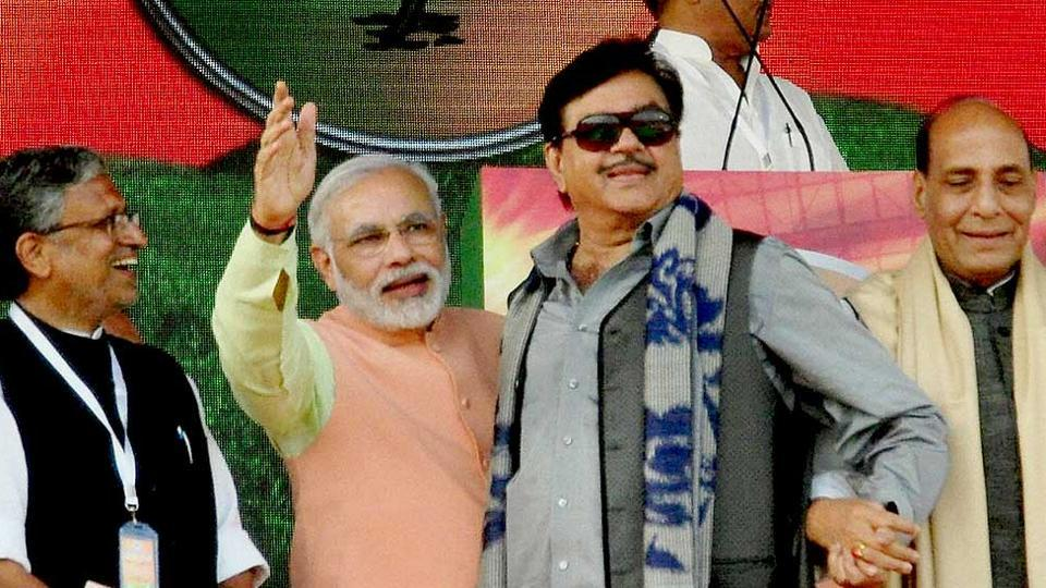Bihar BJP leader Sushil Modi (extreme left) with then Gujarat CMModi, actor-turned politician Shatrughan Sinha and senior BJP leaderRajnath Singh at a rally in Patna.