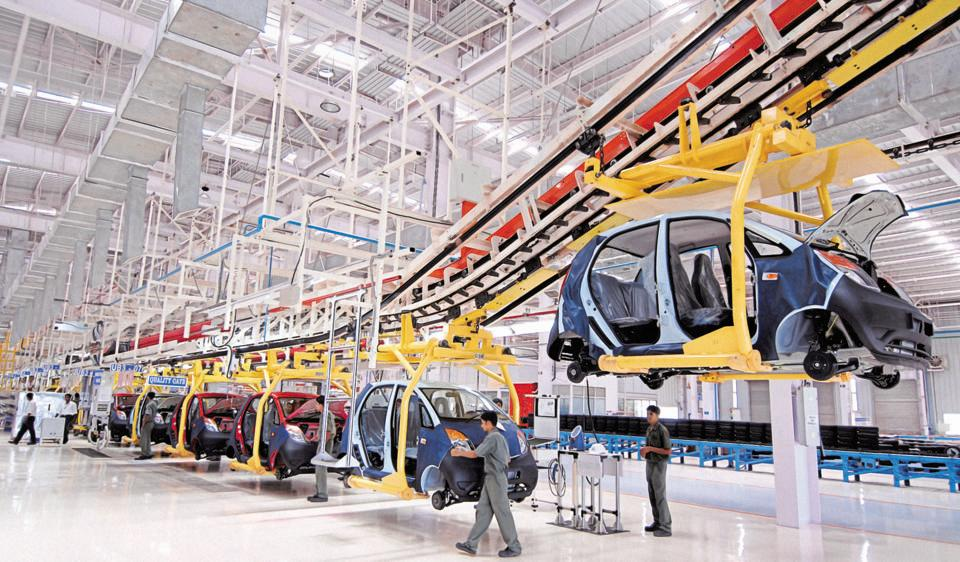At present, the Indian auto industry contributes approximately 7.1% to the country's total GDP.