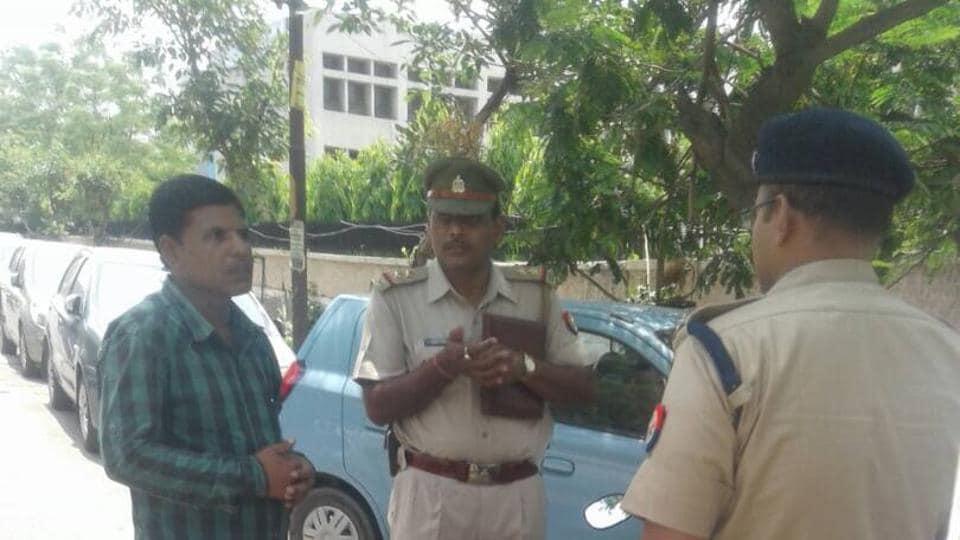 Noida crime,snatchings in Noida,daylight robbery