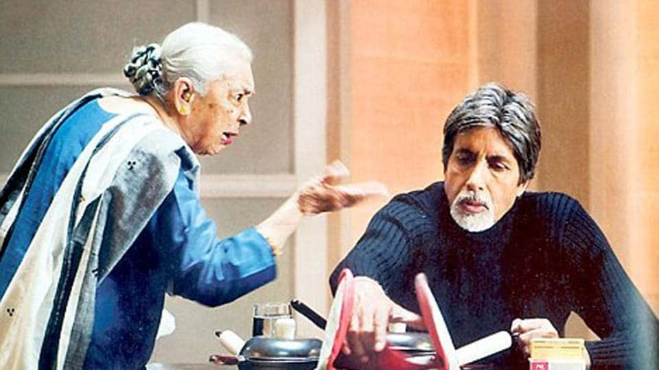 Amitabh Bachchan gave Zohra Sehgal a crate of champagne after they finished shooting for Cheeni Kum.