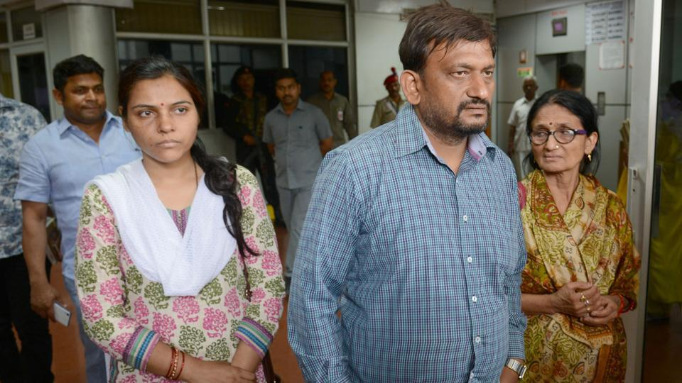 Deceased IAS officer Anurag Tiwari's brother Mayank, sister-in-law Subhra (Mayank's wife) and mother Sushila (right) after meeting Uttar Pradesh chief minister Yogi Adityanath in Lucknow on Monday.