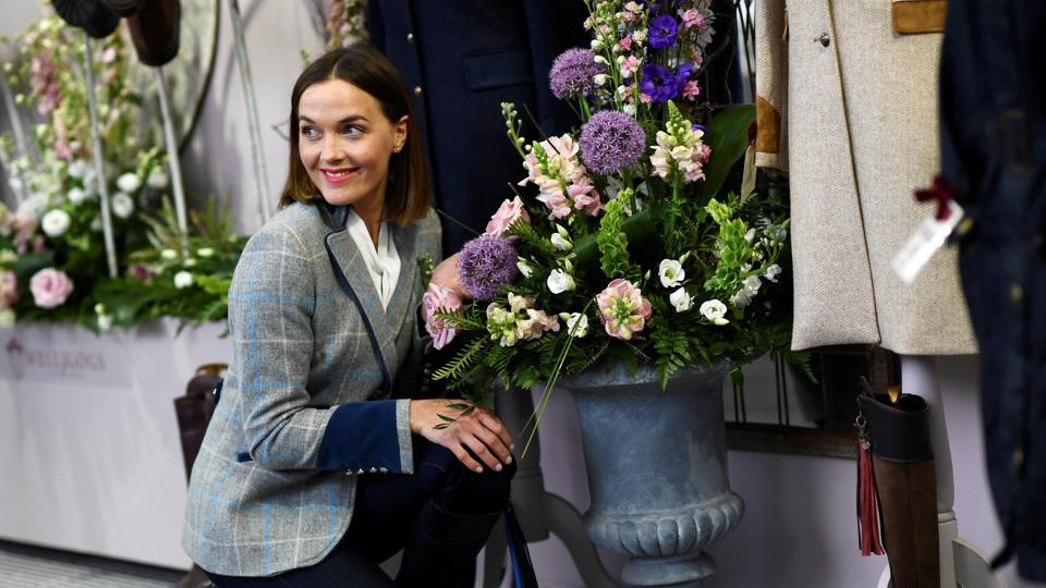 Former Olympic cyclist Victoria Pendleton poses for pictures. (Dylan Martinez / REUTERS)