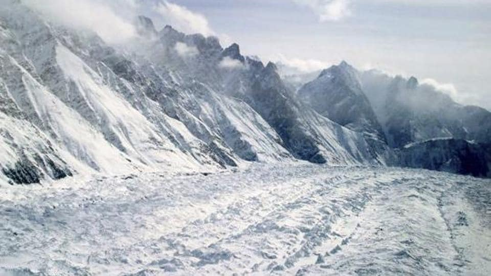 A file photo shows an aerial view of the Siachen Glacier, which traverses the Himalayan region dividing India and Pakistan.  Media reports said Pakistani jets flew near the Siachen Glacier on the Indian side on Weednesday.