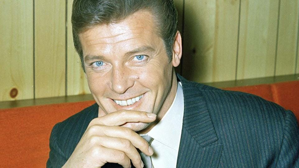 Roger Moore died after a short battle with cancer .