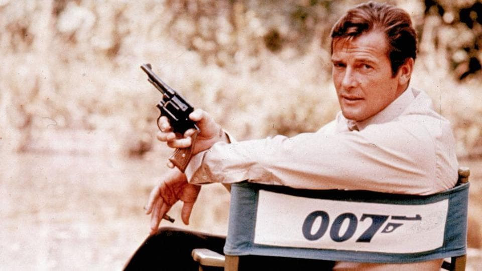 British actor Roger Moore, playing the title role of secret service agent 007, James Bond, is shown on location in England in 1972.  Actor best known for playing James Bond, has died aged 89, his family has announced. (AP)