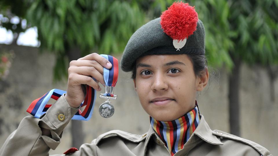 This Ludhiana girl, Ashanya Singh,  shot to national limelight when she was declared the best NCC cadet in India and was honoured by none other than Prime Minister Narendra Modi. (HT Photo)