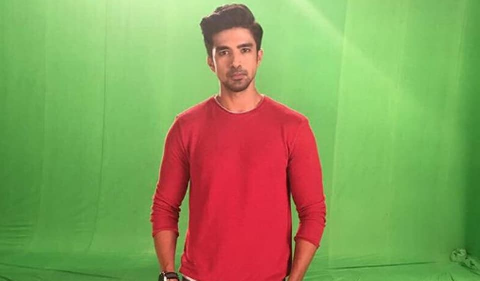 Actor Saqib Saleem says he has been offered some scripts in SMS lingo.