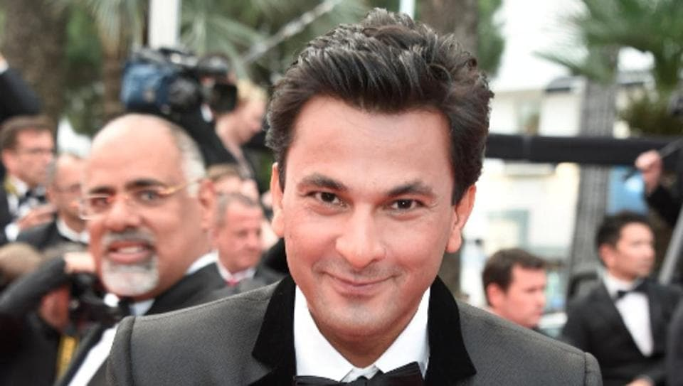 Chef Vikas Khanna set out to pursue his American dream with just clothes on his back.