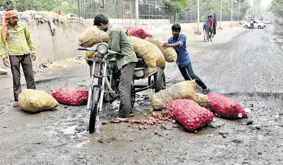 Delhi roads,Safety on roads,PWD