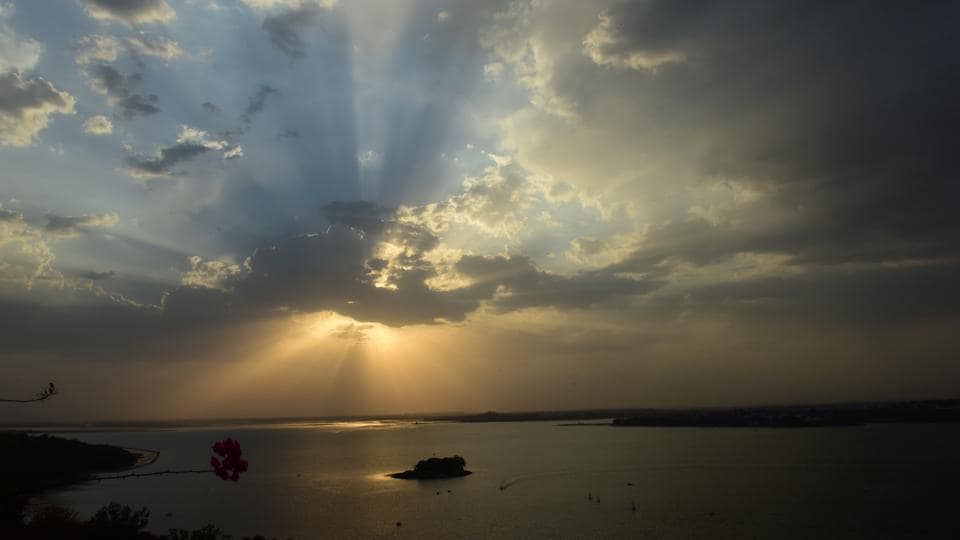 The Upper lake of Bhopal under ideal weather conditions hosts many water sports such as kayaking, canoeing, sailing and rowing. (Mujeeb Faruqui/HT Photo)