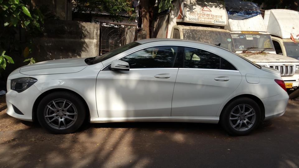 Mumbai city news,Hit and run,Santacruz