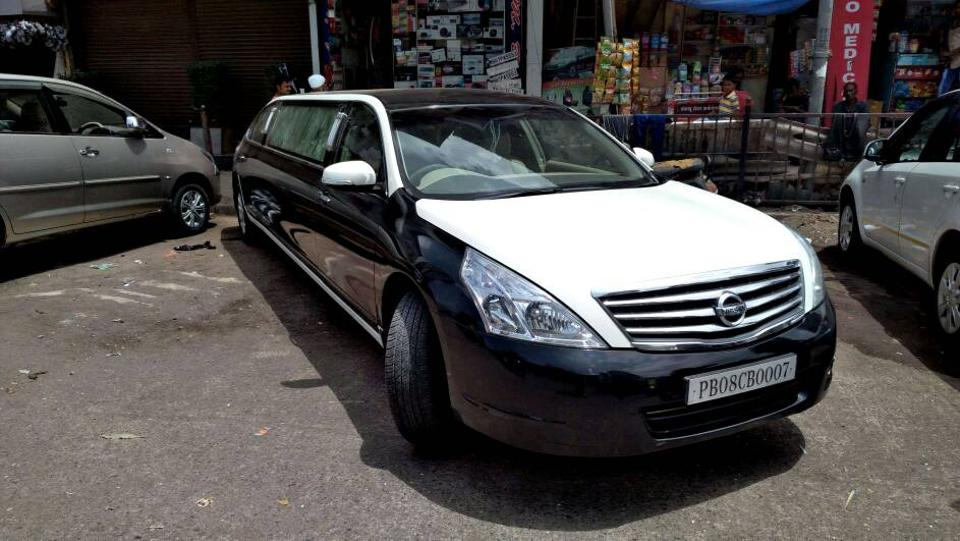 Originally, it was a Nissan Teana XL model that was modified and converted into a limo with a bar, LED lights, fridge, LED screen and other facilities, according to RTO sources