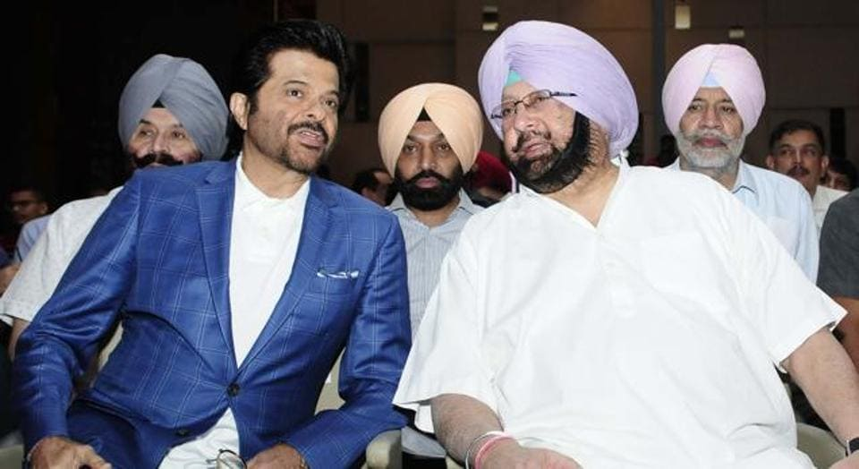 Anil Kapoor nad Punjab CM Amarinder Singh at HT Youth Forum 2017, in Chandigarh on Friday. (HT Photo)