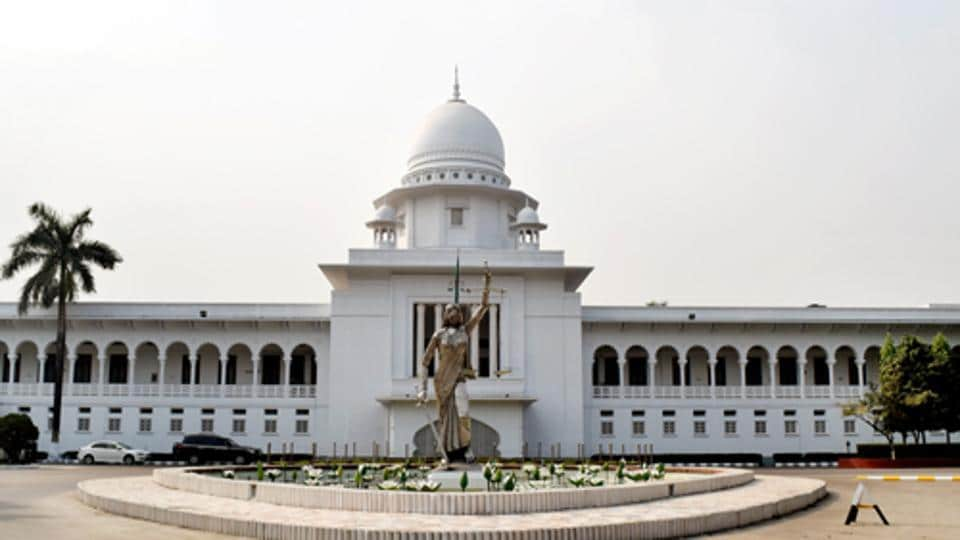 The Lady Justice statue was removed from Bangladesh's Supreme Court premises.