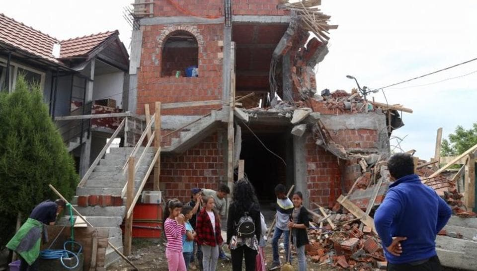 The construction of a two-storey mosque without a minaret in the Zemun Polje neighbourhood started in 2014 even though the authorities had refused to grant it a construction permit.