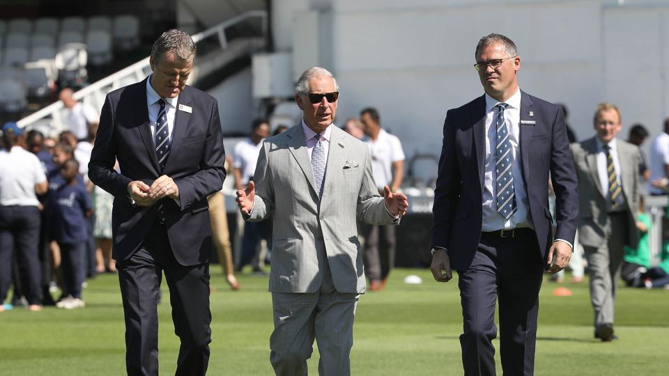 Prince Charles walks with Surrey County Cricket Club chairman, Richard Thompson (L) and Surrey County Cricket Club CEO, Richard Gould (R) during the launch of the ICC Champions Trophy 2017  (AFP)