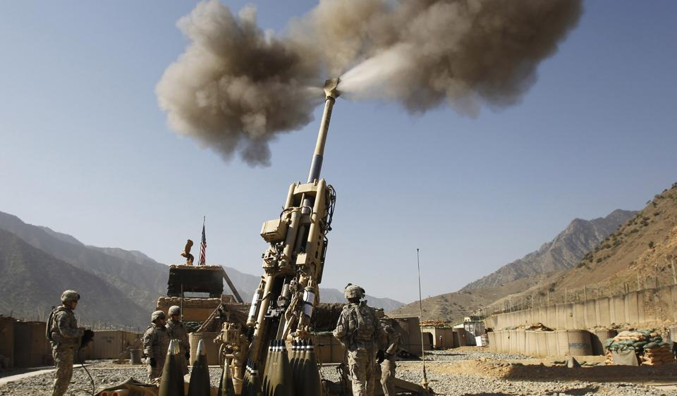 An  M777 howitzer fired in Kunar province, eastern Afghanistan on September 28, 2011.
