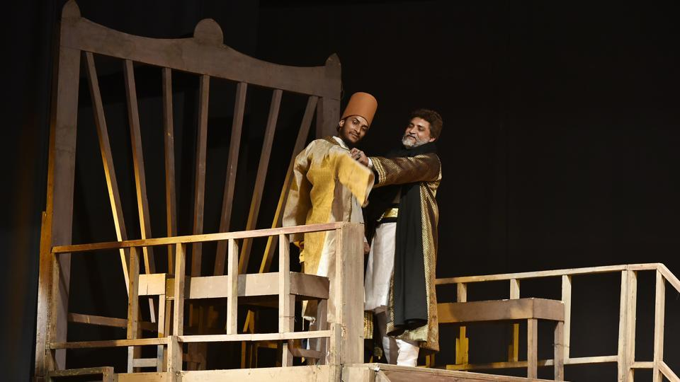 Tughlaq,Girish Karnad play,Kannada play