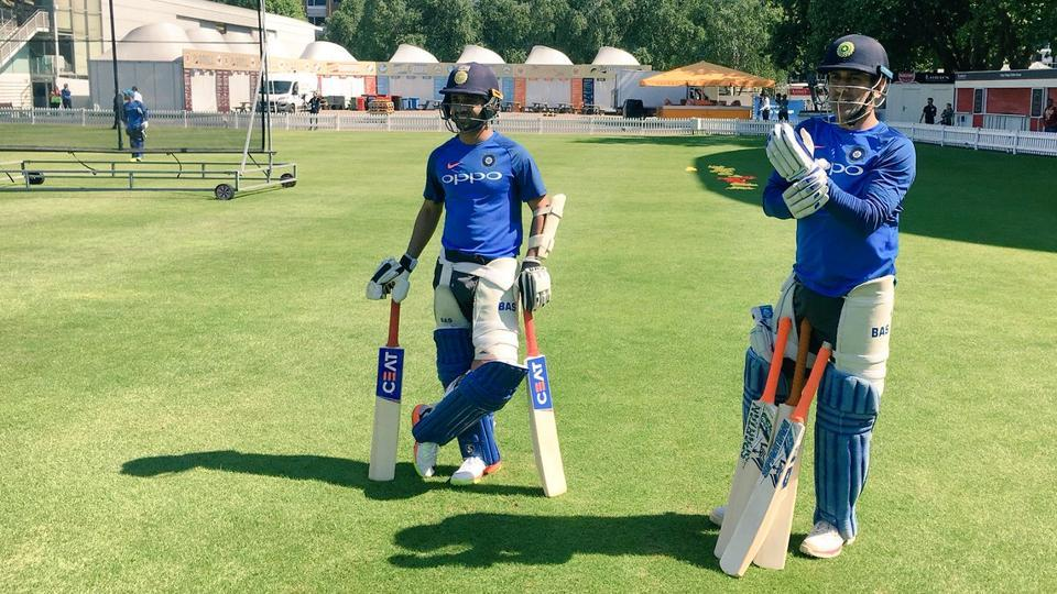 MS Dhoni (L) and Ajinkya Rahane gets ready for net sessions at Lord's cricket ground. (Twitter)